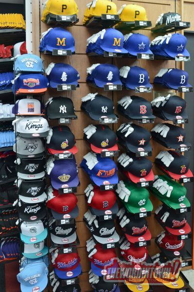 mitchell-ness-snapback-hat-wall-coolj's-word-in-town