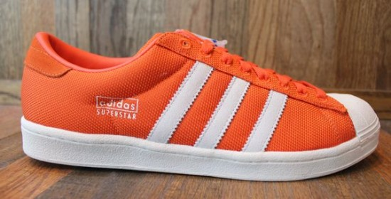 adidas-superstar-vin-orange-word-in-town