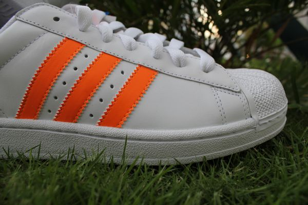 adidas-superstar-II-mr-r-soprts-logo-word-in-town-2