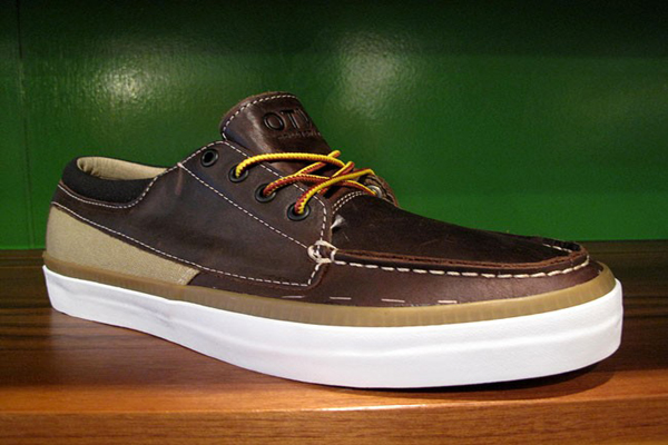 Vans-Fall-2011-OTW-Cobern-Boot-Brown-1-word-in-town