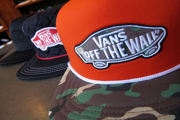 Vans-fall-2011-snapback-Hats-trucker-cap-word-in-town