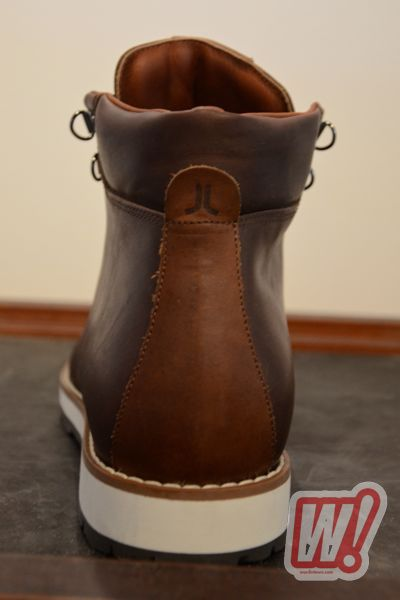 wesc-aleister-dark-chocolate-holiday-2011-word-in-town-3