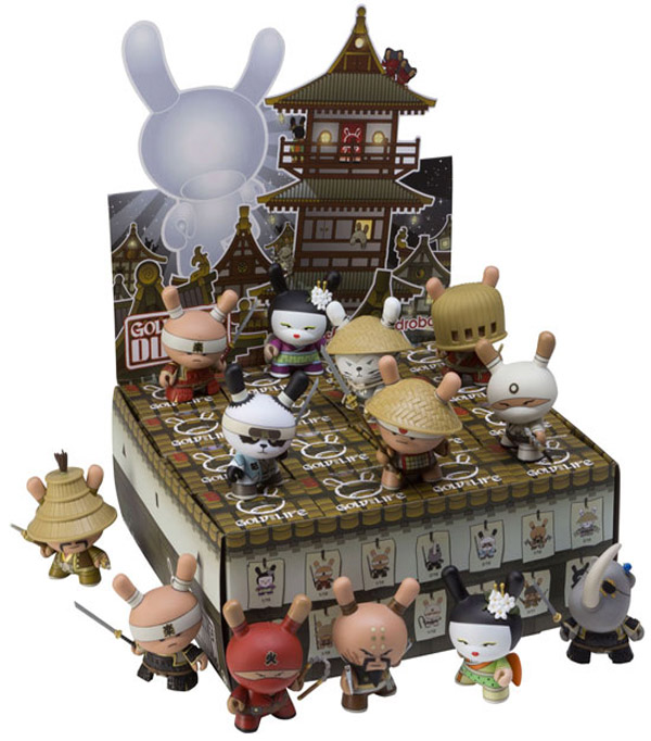 HuckGee-Dunny-kidrobot-miami-limited-word-in-town