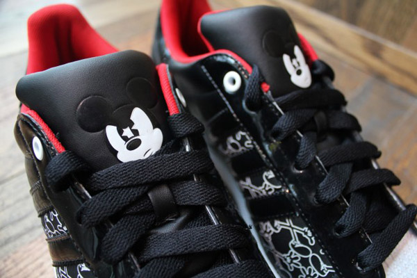 adidas-originals-disney-superstar-II-quick-strike-mickey-Mr-r-sports-miami-2011-word-in-town-1