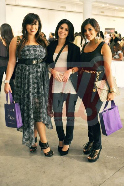 sassy-city-chicks-fashion-bash-miami-word-in-town-music-sneakers-life-style-interviews-art-22