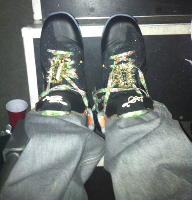 Lebron-9-Custom-Givenchy-Watch-The-Throne-Kanye-West-JayZ-sneakers-3-on-feet-word-in-town