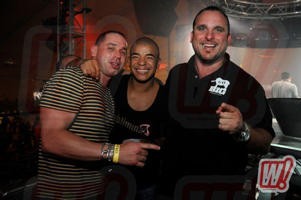 Alex-Omes-Erick-Morillo-Emi-Guerra-back-in-black-go-big-productions-word-in-town-halloween-2011