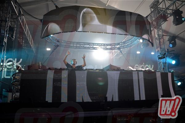 Erick-morillo-back-in-black-go-big-productions-miami-halloween-word-in-town-2011-12
