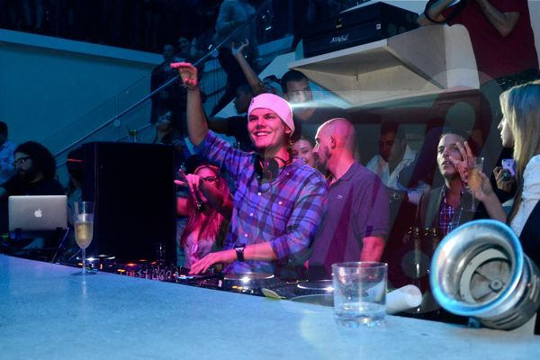 Avicii-Liv-night-club-fontainebleau-miami-beach-WIT_0065-word-in-town
