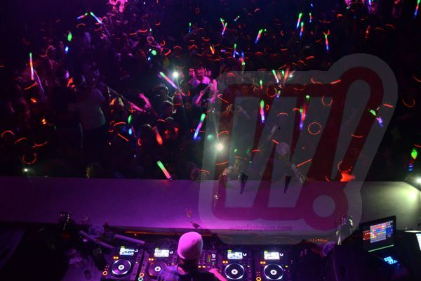 Avicii-liv-WIT_0123-december-2011