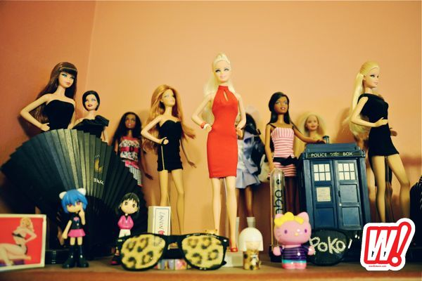 Ria-Michelle-vintage-barbie-collection-get-familiar-fashion-word-in-town