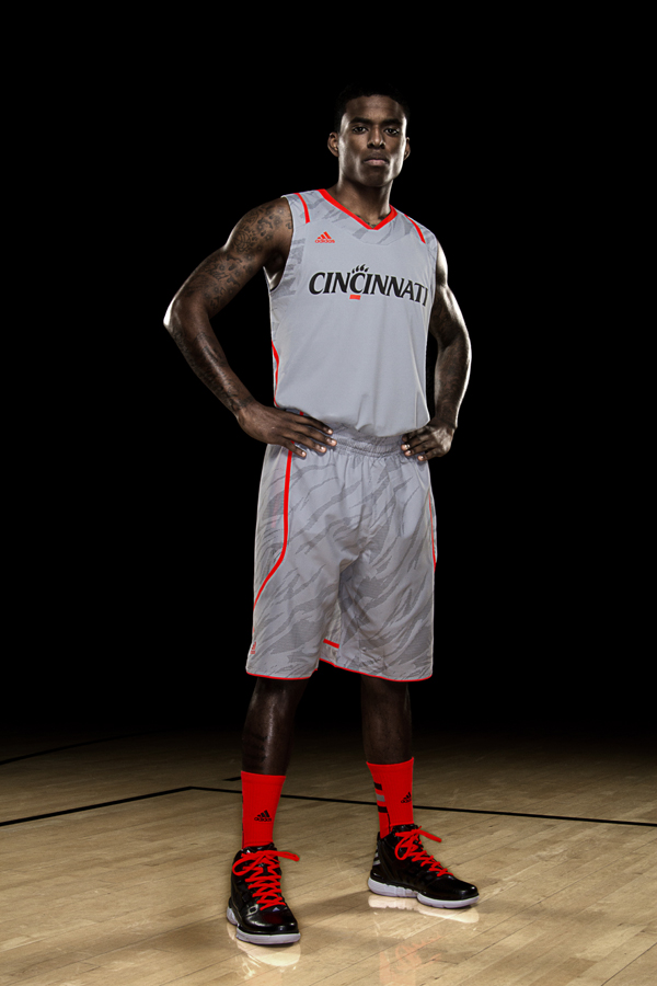 cincinnati-university-adidas-march-madness-uniforms-lighter-than-ever-1
