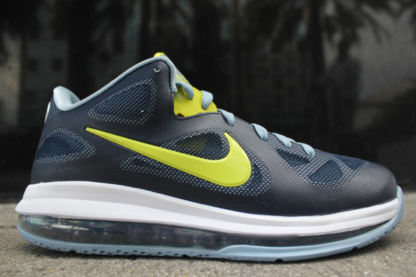 Nike-Lebron-9-Low-obsidian-cyber-white-blue-grey-150