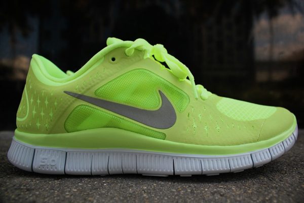 Nike-free-run-3+-wmns-liquid-lime-reflective-silver-pure-platinum-volt