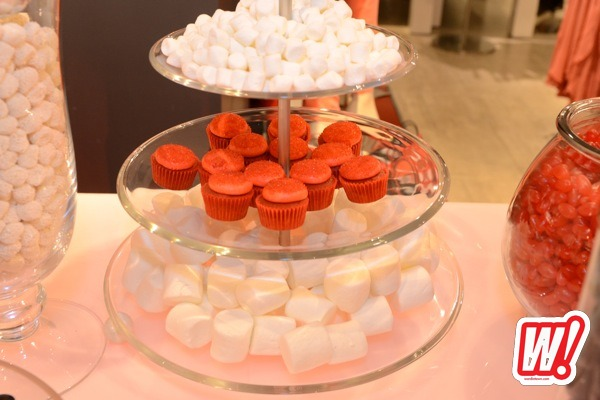 guess-30-years-cupcake-station-sweets-miami-beach-event