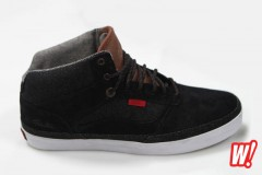 vans-bedford-x-primitive-skate-shoes-footwear-vans-off-the-wall-classics-04