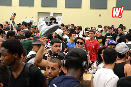 sneaker-con-miami-jordan-sir-charles-barkley-the-gratest-crowd-nike-mags-in-the-air