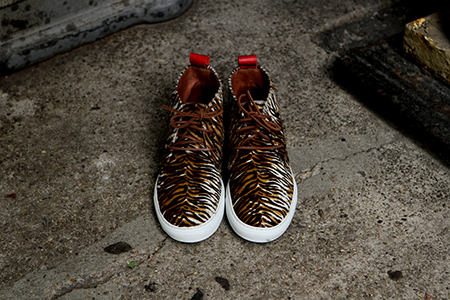 Alto-cow-pony-hair-chukka-del-toro-x-ronnie-fieg-footwear-luxury-03