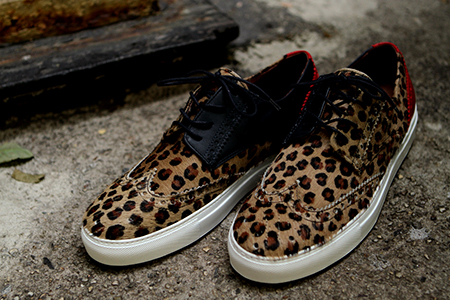 Basso-Leo-Alto-tiger-cow-pony-hair-chukka-del-toro-x-ronnie-fieg-footwear-luxury
