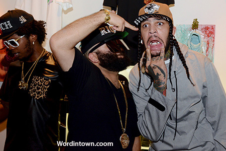 Vintage-Frames-Travie-McCoy-fun-dudes-faces-grills