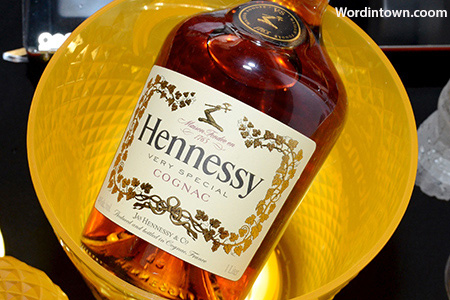 hennessy-vs-family-art-basel-2012-miami-beach-vintage-frames