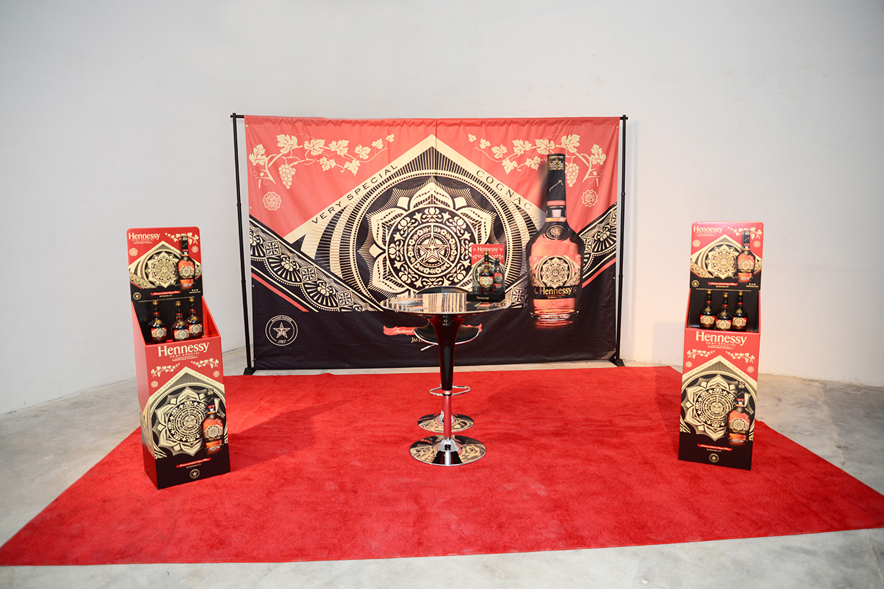 hennessy-shepard-fairey-limited-edition-brisk-gallery-wynwood-august-2014