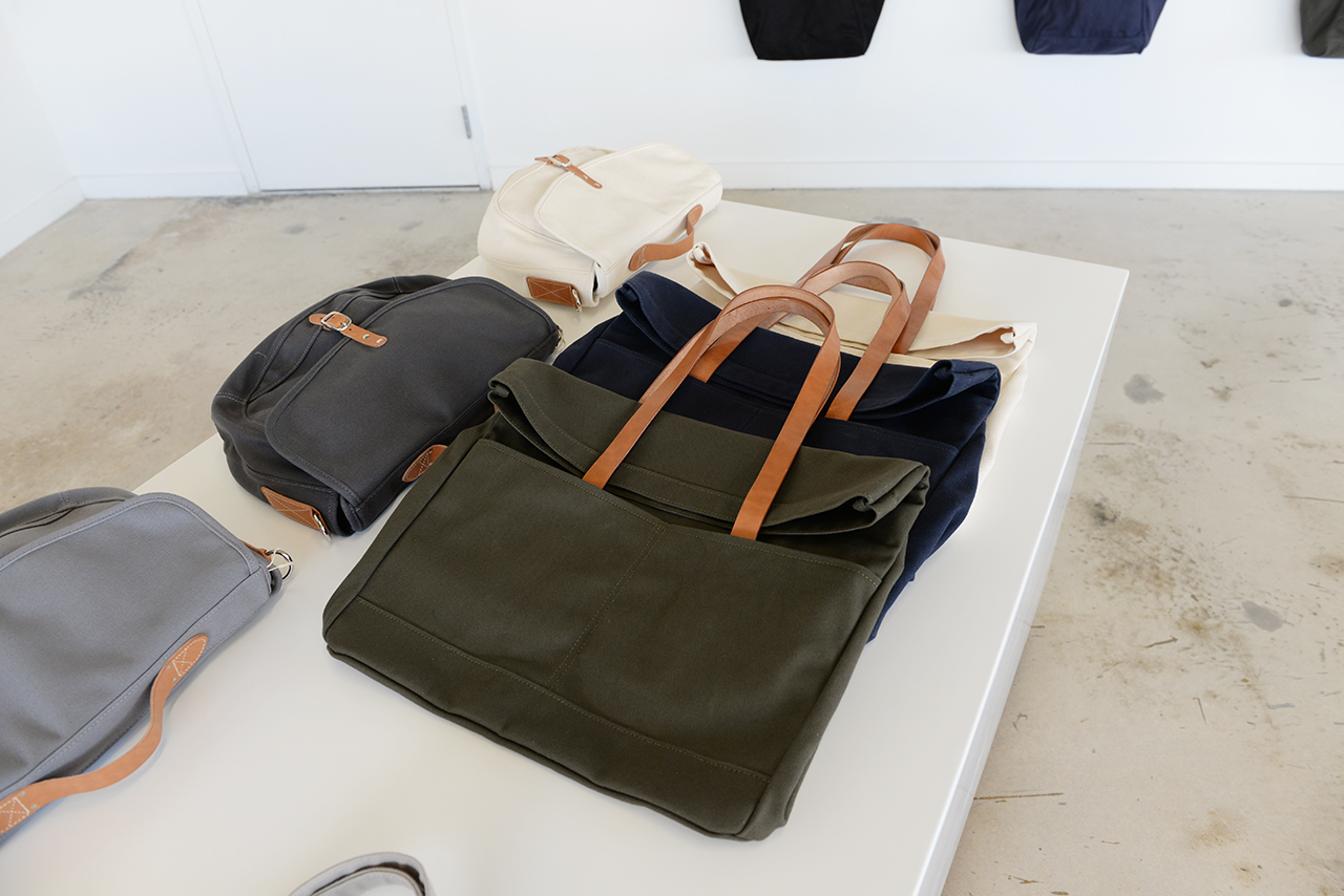 MAKR-wynwood-miami-made-in-usa-duffle-tote-backpack-canvas-leather-