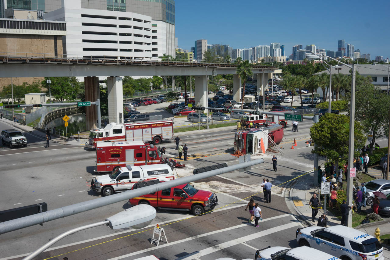 wordintown-accident-miami-health-district-downtown-photography-jay-romero-photography-2015-13