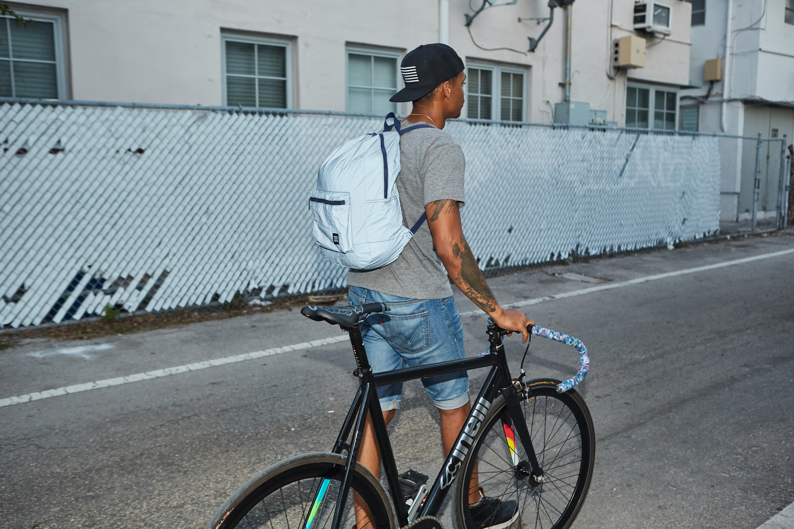 herschel_supply_co_wordintown_copyright_cinelli_levis_convers_fixed_gear_fixie_bycicles_5