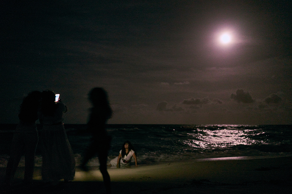 june_solstice_drum_circle_beach_night_full_moon_wordintown_jayromero_photography_fun_night_sand_3