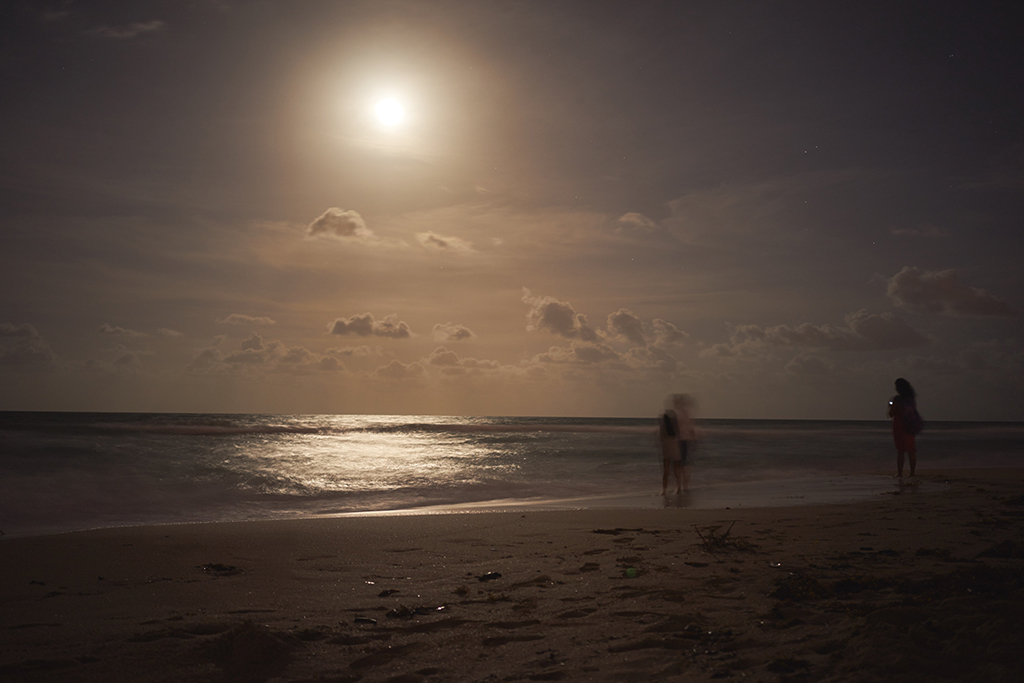 june_solstice_drum_circle_beach_night_full_moon_wordintown_jayromero_photography_fun_night_sand_4
