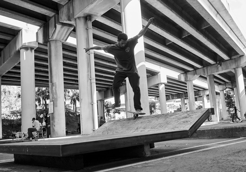 Danny_Fuenzalida_Nick_Katz_Richie_Effs_skatefree_fl_lot_11_downtown_miami_wordintown_jayromere_photography_copyright_fun_skate_live_goskateday_2016_6