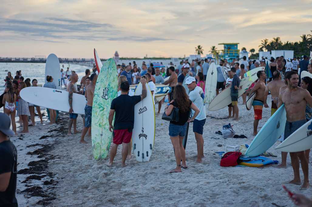 surf_like_bird_miami_beach_paddleout_wordintown_community_surf_jayromero_photography_6