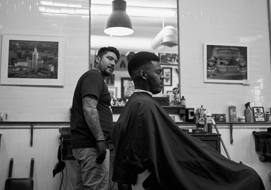 his_and_hers_parlour_barber_shop_salon_jose_romero_photography_wordintown_hamlet_