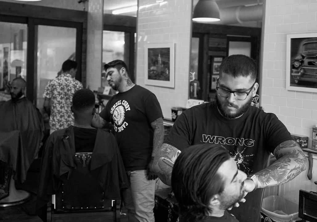 his_and_hers_parlour_barber_shop_salon_jose_romero_photography_wordintown_5