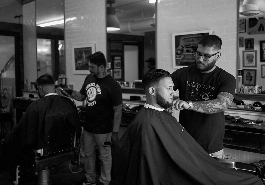 his_and_hers_parlour_barber_shop_salon_jose_romero_photography_wordintown_4