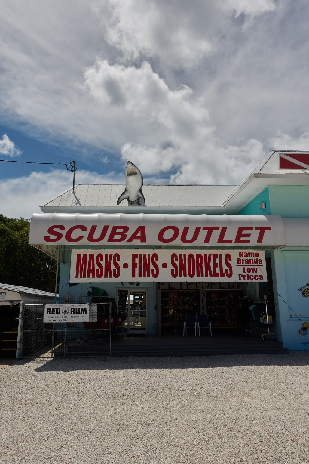 on_the_road_florida_keys_jose_romero_wordintown_1_scuba_outlet