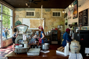 back_in_the_day_bakery_road_trip_to_savannah_georgia_jose_romero_photography_wordintown_part_4_august_2017_08