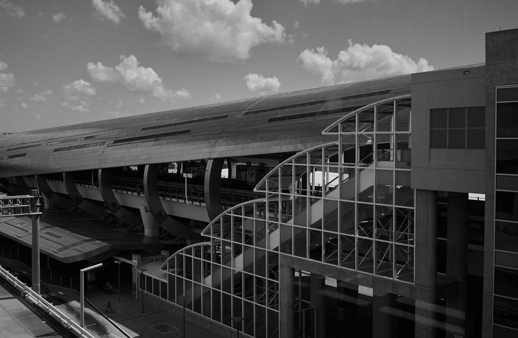 road_trip_the_bearded_pig_Bold_bean_coffee_jacksonville_Florida_jose_romero_wordintown_airport_train_station_miami_DSC04824